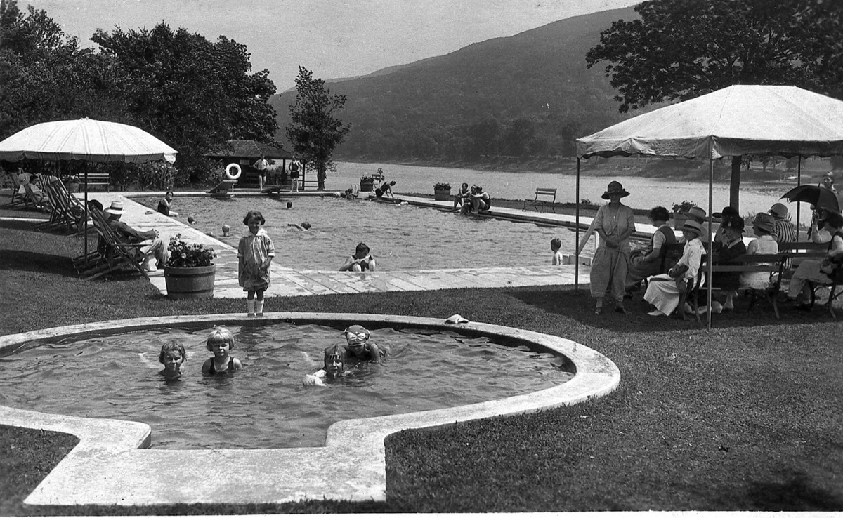 Swimming and paddling pools at the Buckwood Inn (now Shawnee Inn), built in 1906.