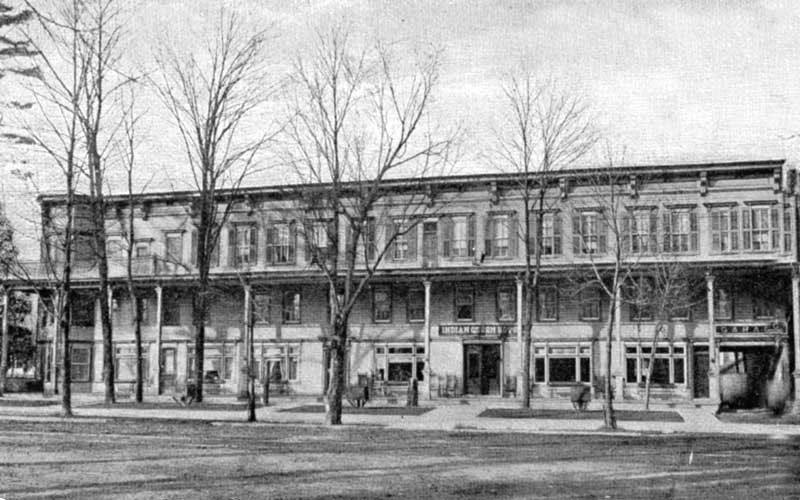 Indian Queen Hotel on Main Street in Stroudbsurg, circa 1910. The first automobile in the Poconos stopped here in August 1899.