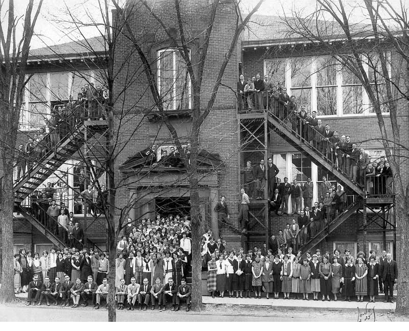 Stroudsburg High School graduating class of 1925. The school burned down two years later.